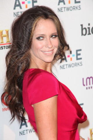 Jennifer Love Hewitt - New York - 09-05-2012 - Jennifer Love Hewitt è diventata mamma e anche moglie