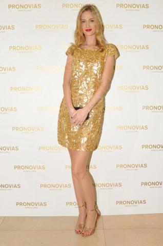 Eva Riccobono - Milano - 26-11-2013 - Tanto oro per illuminare il Capodanno 2014