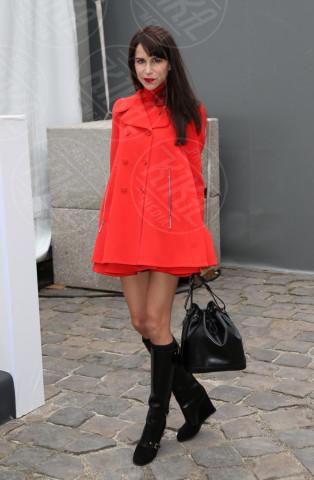 Caroline Sieber - Parigi - 06-04-2013 - Sarà un inverno caldo... con un cappotto rosso!