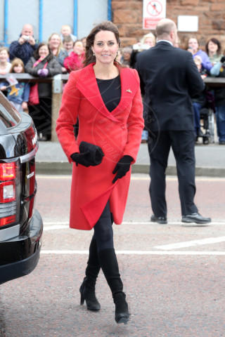 Kate Middleton - 05-04-2013 - Kate Middleton, abito che vince non si cambia!