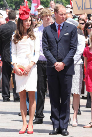 Principe William, Kate Middleton - Ottawa - 01-07-2011 - Kate Middleton, abito che vince non si cambia!