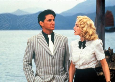 Madonna, Sean Penn - Hong Kong - 29-08-1986 - Madonna, sono già 60. Auguri Lady Ciccone
