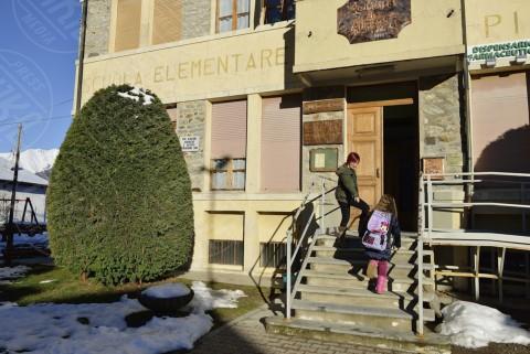 Isabella Carvelli, Sofia Viola - Alpette - 25-11-2013 - Sofia,  l'unica  alunna della scuola