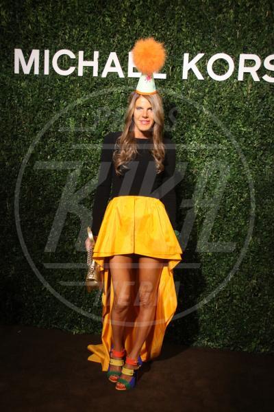 Anna Dello Russo - Milano - 04-12-2013 - Anna Dello Russo e Kerry Washington: chi lo indossa meglio?