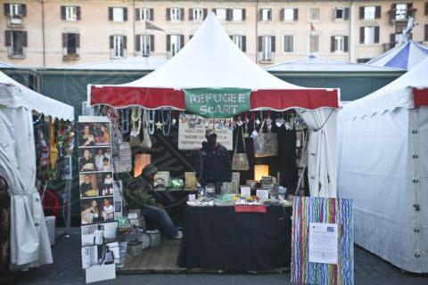Piazza Navona - Roma - 10-12-2013 - Piazza Navona: la Città Eterna si veste a festa