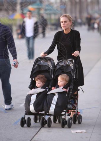 Charlie Moyer, Poppy Moyer, Anna Paquin - Los Angeles - 12-12-2013 - Clooney-Amal e la carica delle star con gemelli in casa