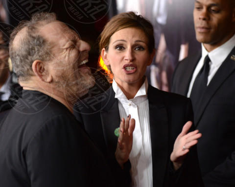 Harvey Weinstein, Julia Roberts - Los Angeles - 16-12-2013 - Scandalo Harvey Weinstein: licenziato dalla sua società