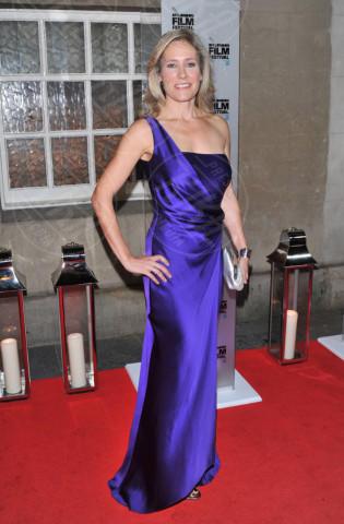 Sophie Raworth - Londra - 19-10-2013 - Per il 2014, le celebrity scelgono il colore viola