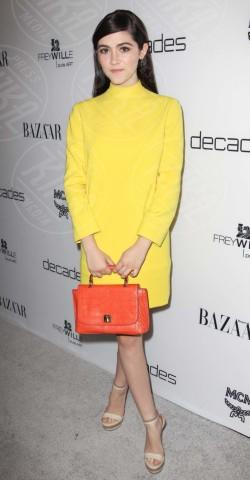 Isabelle Fuhrman - West Hollywood - 28-02-2013 - Illumina l'inverno con un cappotto giallo!