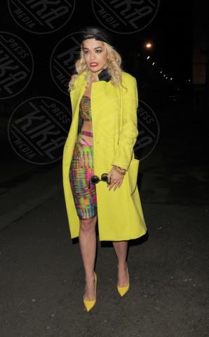 Rita Ora - Londra - 06-02-2013 - Il giallo, un trend perchè torni a splendere il sole