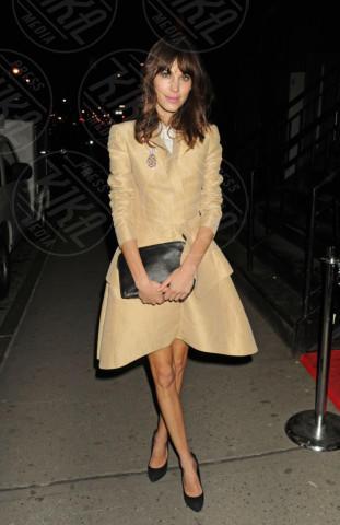 Alexa Chung - New York - 21-03-2013 - Illumina l'inverno con un cappotto giallo!