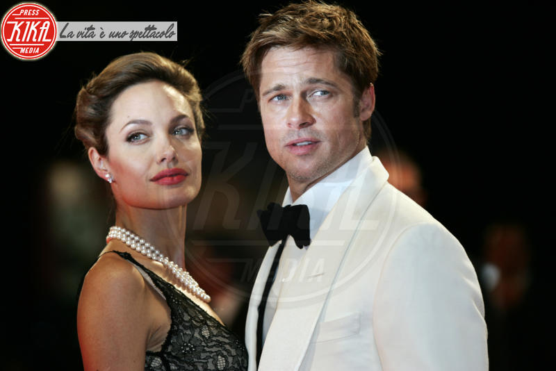 Angelina Jolie, Brad Pitt - Venezia - 02-09-2007 - Jolie-Pitt, l'unica tregua è quella per la casa in Provenza