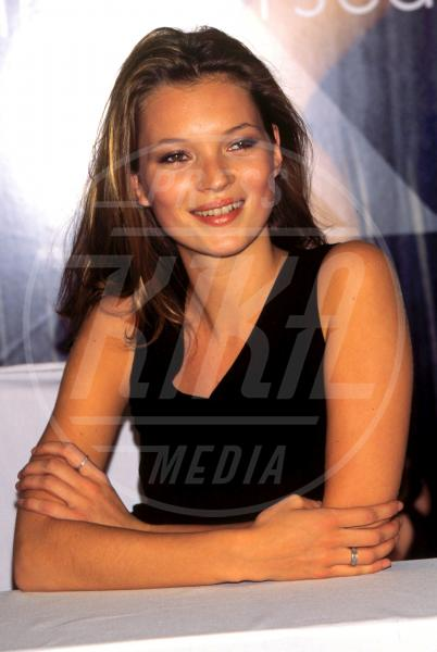 Kate Moss - LA - 06-09-2001 - Kate Moss: quarant'anni vissuti… in bellezza