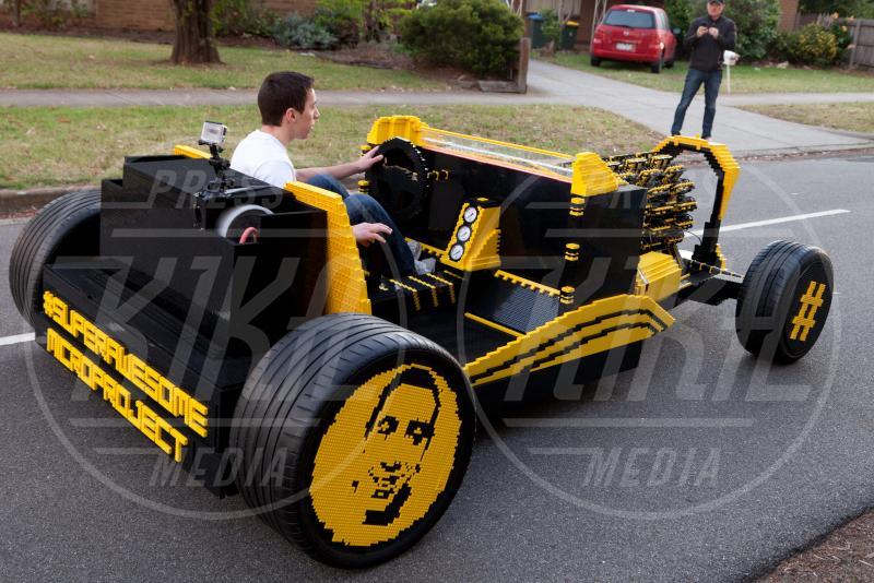 Raul Oaida, Legomobile - Melbourne - 01-12-2013 - Vengo a prenderti stasera con la mia… Legomobile