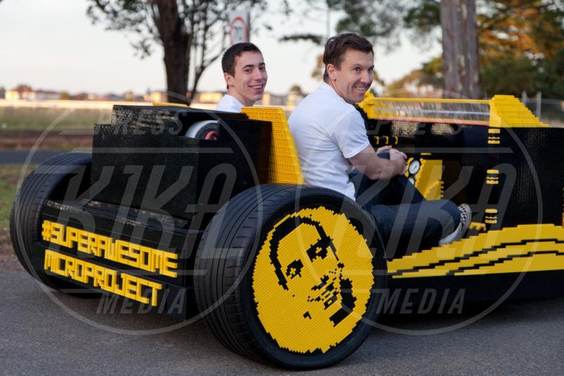 Steve Sammartino, Raul Oaida, Legomobile - Melbourne - 01-12-2013 - Vengo a prenderti stasera con la mia… Legomobile