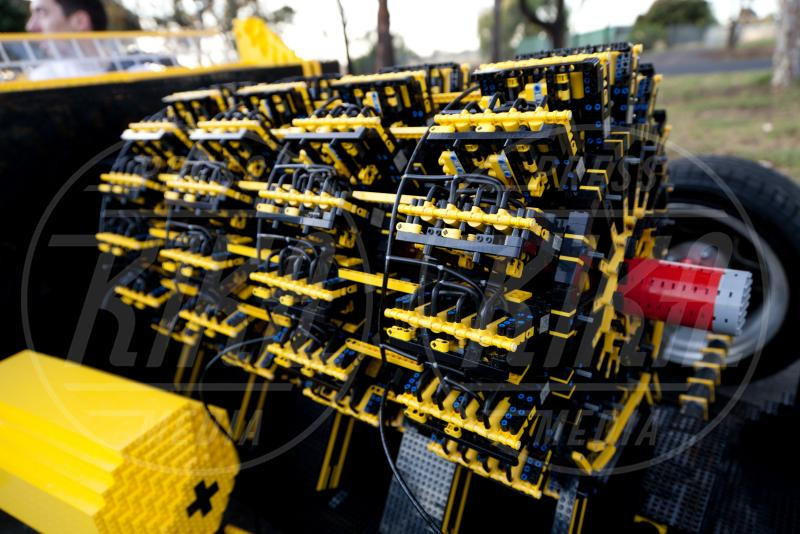 Legomobile - Melbourne - 01-12-2013 - Vengo a prenderti stasera con la mia… Legomobile