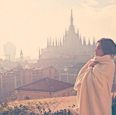 Elisabetta Canalis - Milano - 23-12-2013 - Dillo con un tweet: ritorno in patria per Belen Rodriguez
