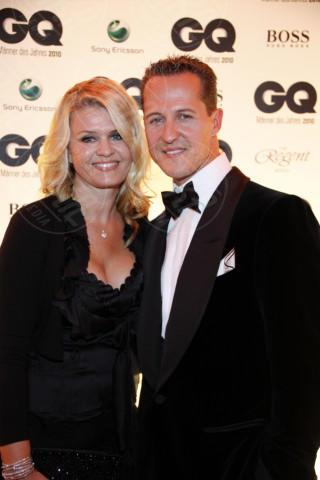 Corinna Betsch, Michael Schumacher - Berlino - 29-10-2010 - Michael Schumacher, Bunte magazine: