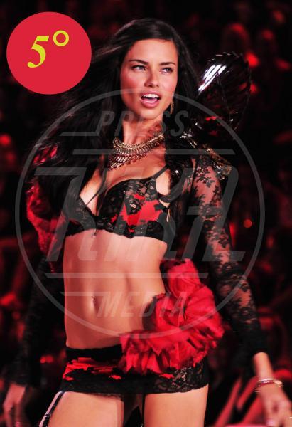 Adriana Lima - New York - 09-11-2011 - Belen Rodriguez è la donna più sexy del 2013