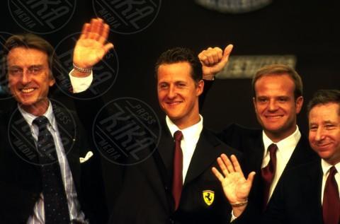 Jean Todt, Luca Cordero di Montezemolo, Rubens Barrichello, Michael Schumacher - 03-08-2001 - Michael Schumacher, Bunte magazine: