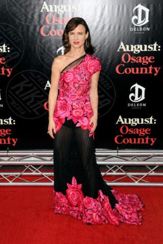 Juliette Lewis - Manhattan - 12-12-2013 - Sul red carpet come una dea: il ritorno del monospalla