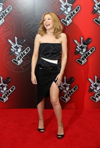 Kylie Minogue - Londra - 06-01-2014 - Spacco mio, quanto mi piaci: ecco le celebrity in… gamba!