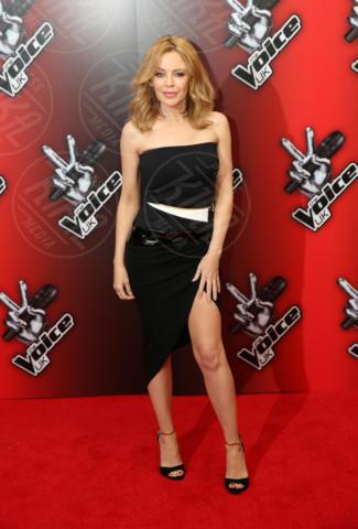 Kylie Minogue - Londra - 06-01-2014 - Bianco e nero: un classico sul tappeto rosso!