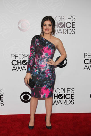 Lucy Hale - Los Angeles - 08-01-2014 - People's Choice Awards 2014: gli stilisti sul red carpet