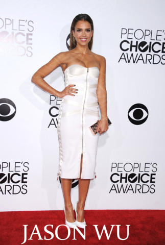 Jessica Alba - Los Angeles - 07-01-2014 - People's Choice Awards 2014: gli stilisti sul red carpet