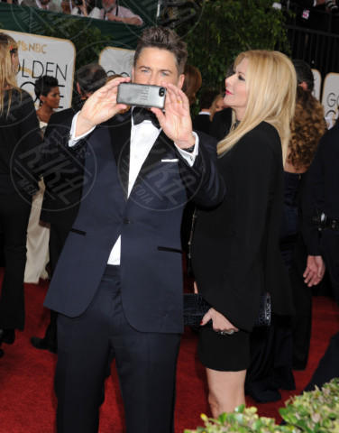 Sheryl Berkoff, Rob Lowe - Beverly Hills - 13-01-2014 - Golden Globe 2014: gli arrivi sul red carpet