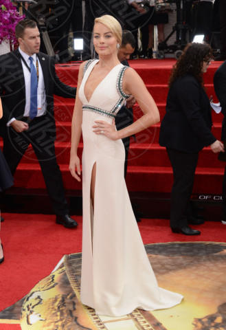 Margot Robbie - Beverly Hills - 12-01-2014 - Golden Globe 2014: gli arrivi sul red carpet