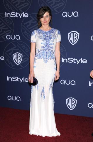 Emily Mortimer - Beverly Hills - 12-01-2014 - Blue China Print: siamo tutte bambole di porcellana!