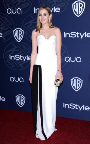 Laura Carmichael - Beverly Hills - 12-01-2014 - Bianco e nero: un classico sul tappeto rosso!