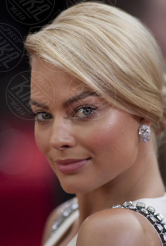 Margot Robbie - Beverly Hills - 12-01-2014 - The Legend of Tarzan, le prime foto dal set