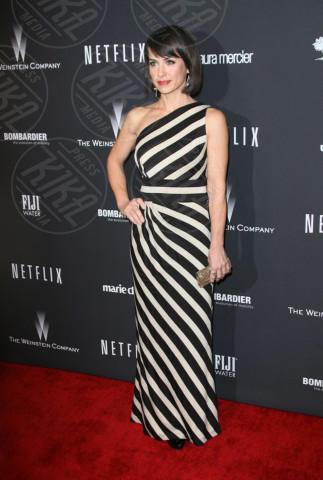 Constance Zimmer - Los Angeles - 13-01-2014 - Tutte in riga black&white come Amal Alamuddin!