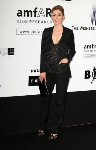 Julie Gayet - Cannes - 21-05-2009 - Affaire Hollande: Closer è un numero da collezione