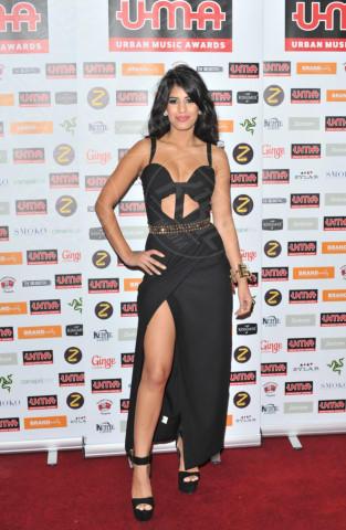 Jasmin Walia - Londra - 22-11-2013 - Spacco mio, quanto mi piaci: ecco le celebrity in… gamba!