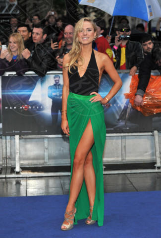 Kimberly Garner - Londra - 12-06-2013 - Spacco mio, quanto mi piaci: ecco le celebrity in… gamba!