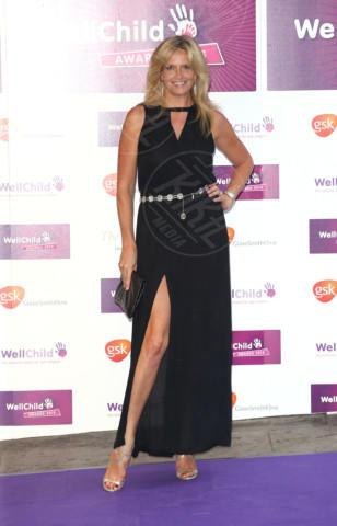 Penny Lancaster - Londra - 11-09-2013 - Spacco mio, quanto mi piaci: ecco le celebrity in… gamba!