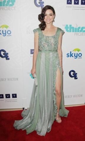 Crystal Reed - Beverly Hills - 25-06-2013 - Spacco mio, quanto mi piaci: ecco le celebrity in… gamba!