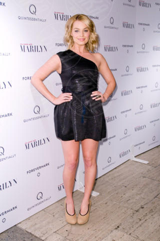 Margot Robbie - New York - 13-11-2011 - Margot Robbie: i look migliori della ragazza di Wall Street