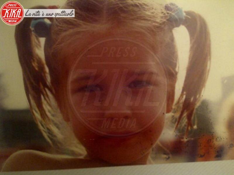 Elena Santarelli - 15-12-2012 - Volti noti ? Non è stato sempre così