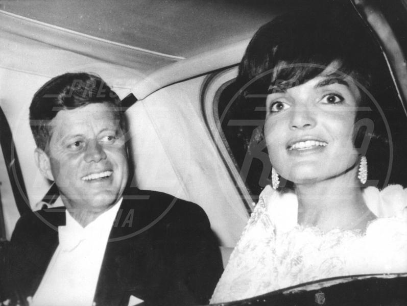 John Fitzgerald Kennedy - Colonia - 24-06-1963 - James Franco torna nel passato per salvare JFK
