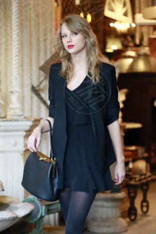 Taylor Swift - Los Angeles - 21-01-2014 - Si scrive street-style chic, si legge… Taylor Swift!
