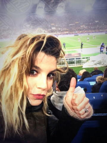 Emma Marrone - Los Angeles - 22-01-2014 - Dillo con un tweet: la Canalis svela i segreti sul sesso