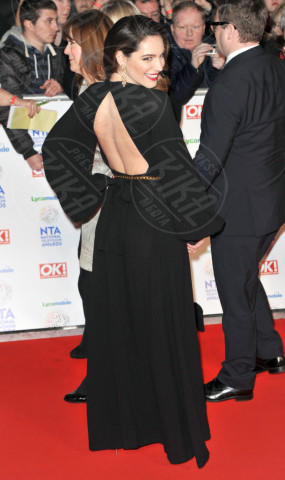 Kelly Brook - Londra - 22-01-2014 - Vade retro Abito! Jennifer Metcalfe osé al National TV Awards