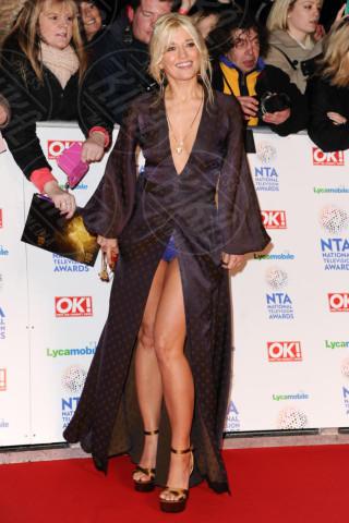 Rachel Wilde - Londra - 22-01-2014 - Contro il caldo dell'estate, prendi fresco con lo spacco!