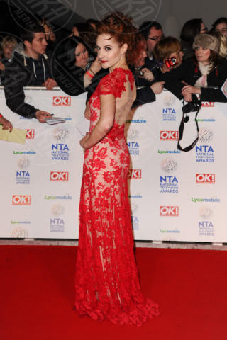 Paula Lane - Londra - 22-01-2014 - Vade retro Abito! Jennifer Metcalfe osé al National TV Awards
