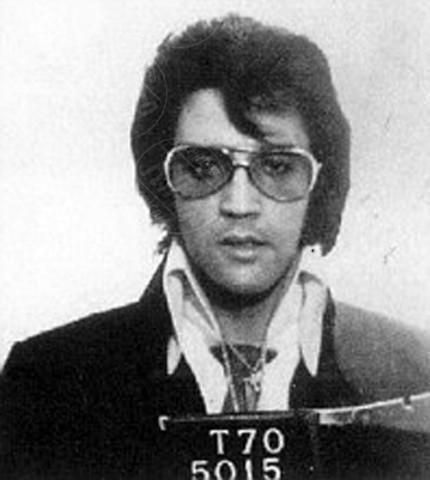 Elvis Presley - Miami - 29-06-2011 - Non si è una vera star se non si finisce in galera
