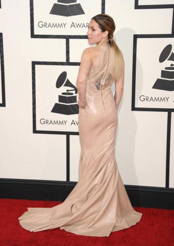 Skylar Grey - Los Angeles - 26-01-2014 - Per essere chic, basta un velo di cipria… indosso!